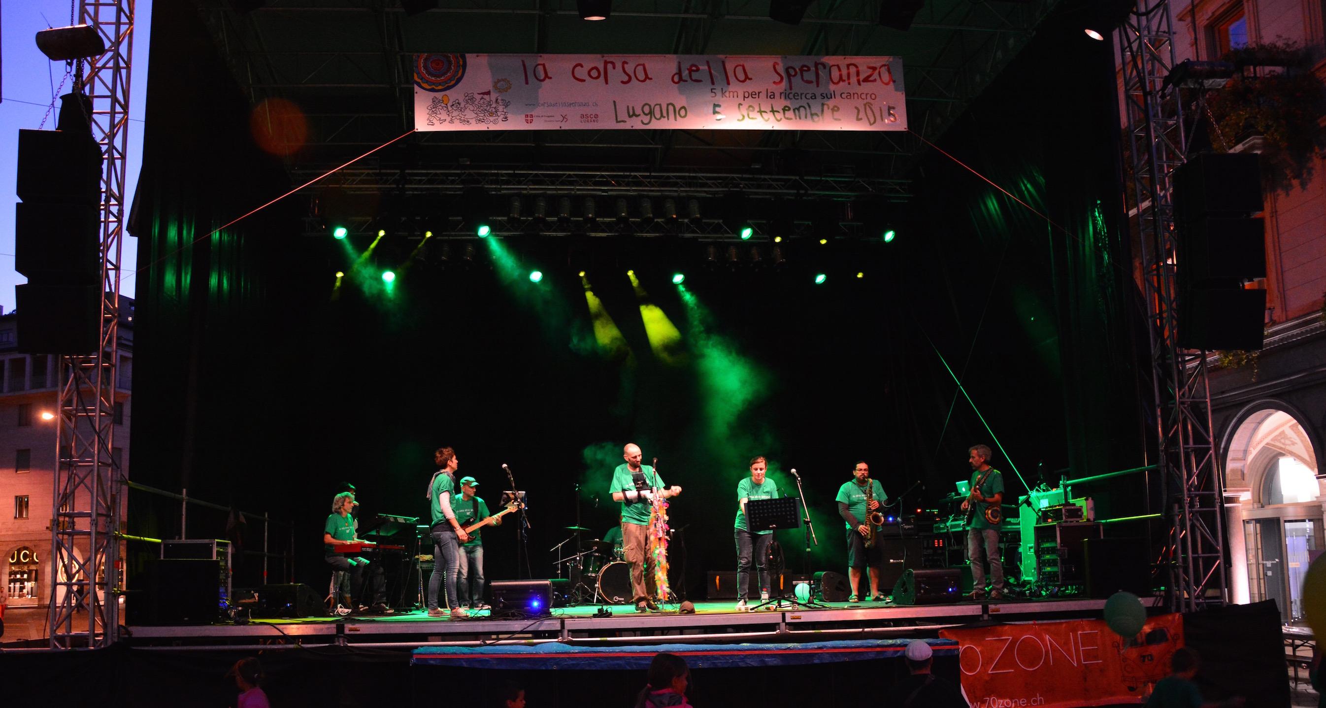 '70Zone per la Corsa della speranza, Piazza Riforma Lugano, 5 settembre 2015, special guest Olmo Antezana sax